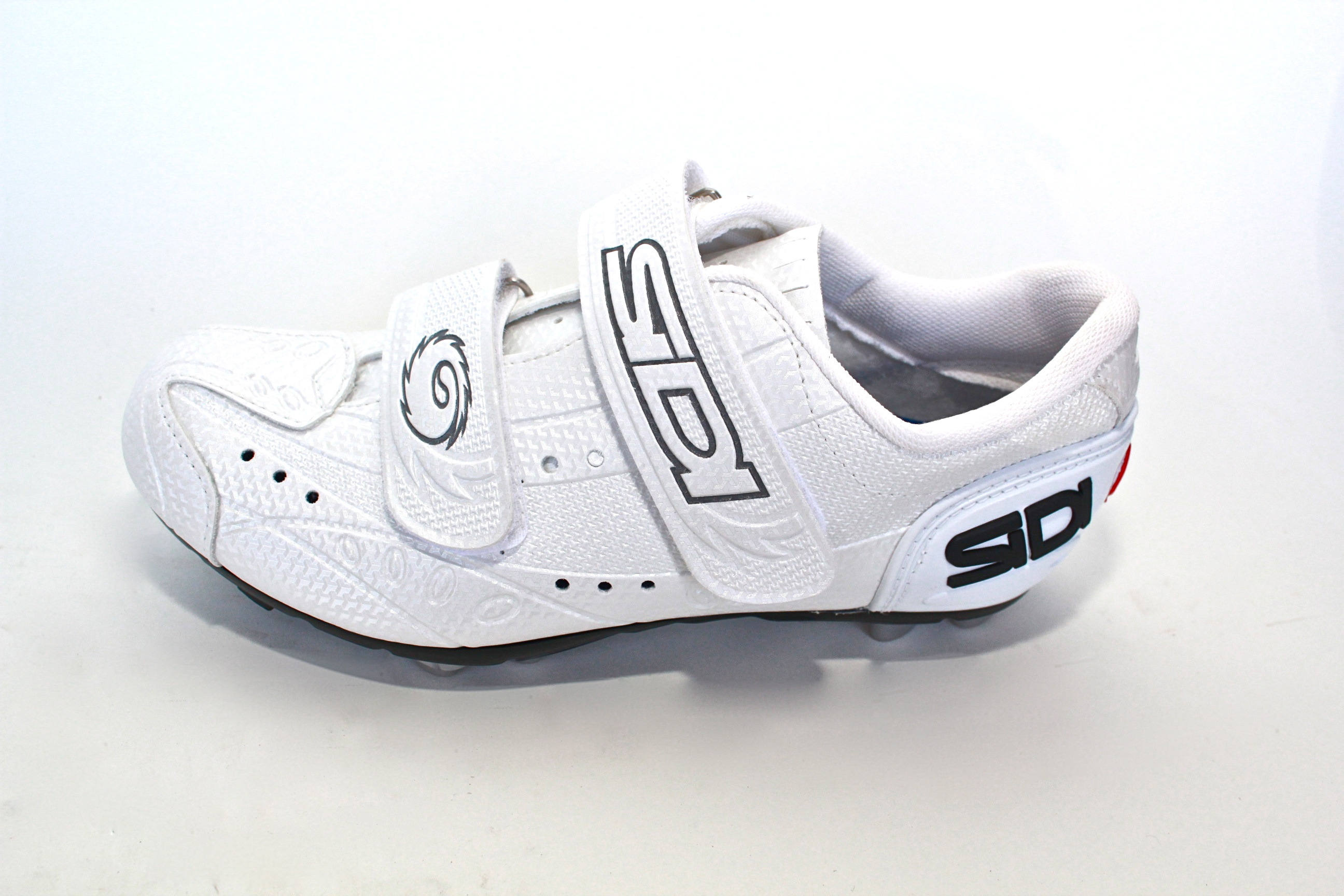 Why Women s Spinning Shoes are a Must Have for